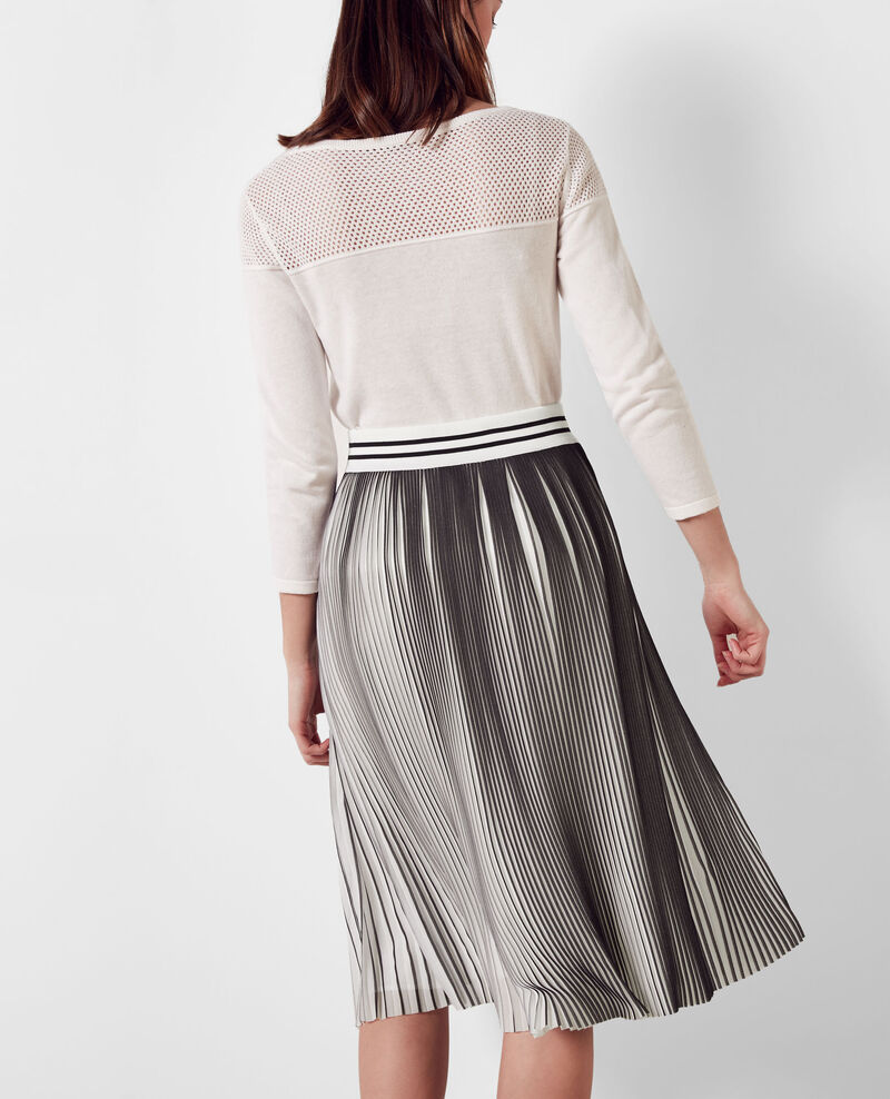 two tone pleated skirt black white carine comptoir des