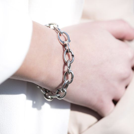 Classic Single Silver Bracelet