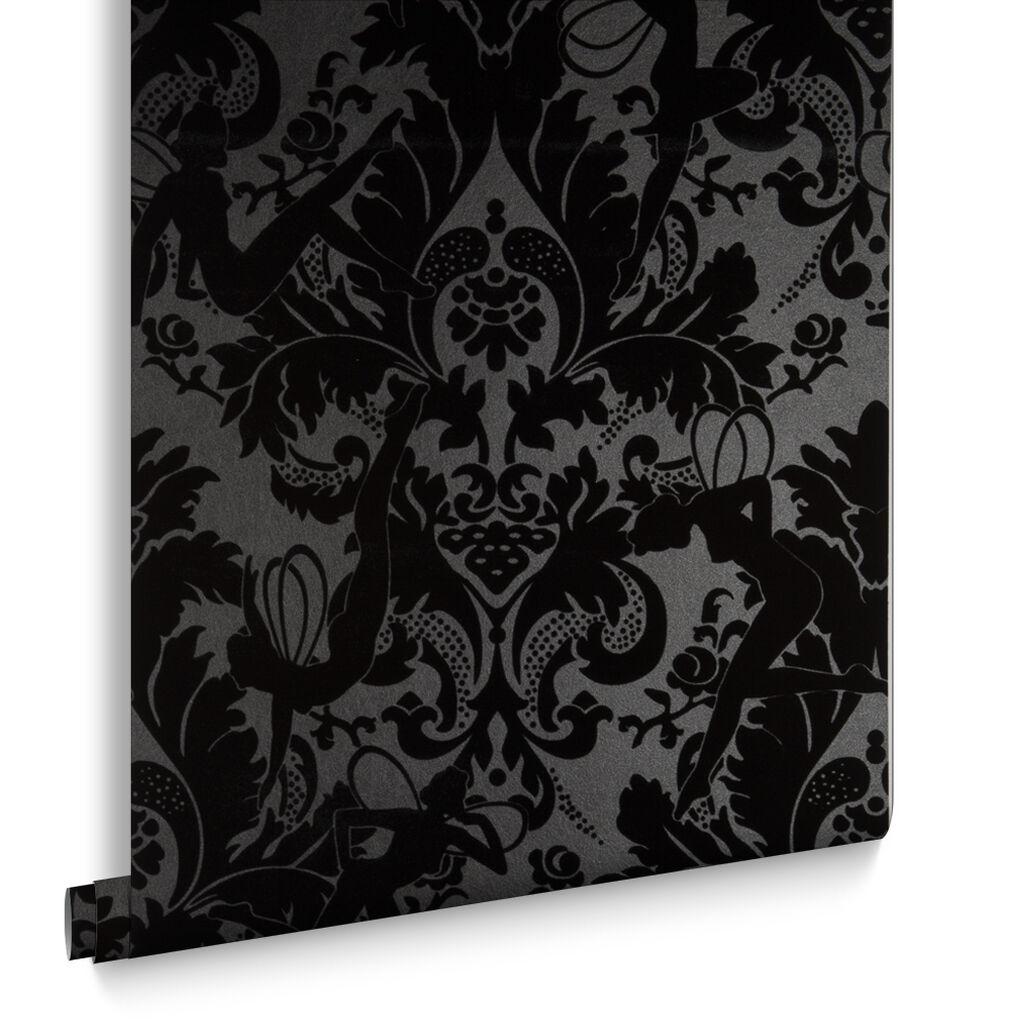 Black skull chair - Forest Muses Black Wallpaper