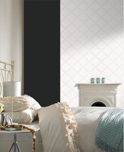 Quantum White Wallpaper, , large