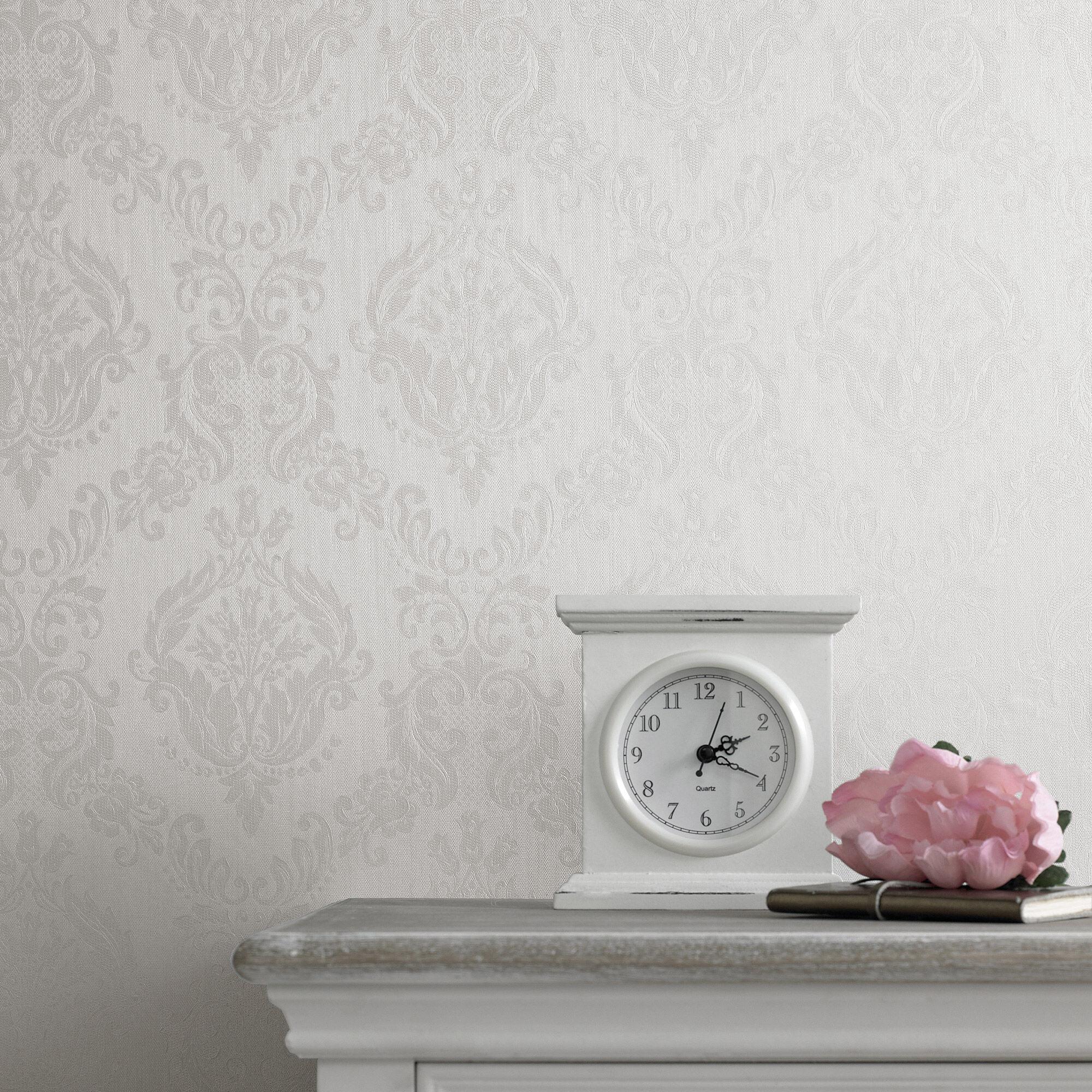 damask ivory shimmer wallpaper