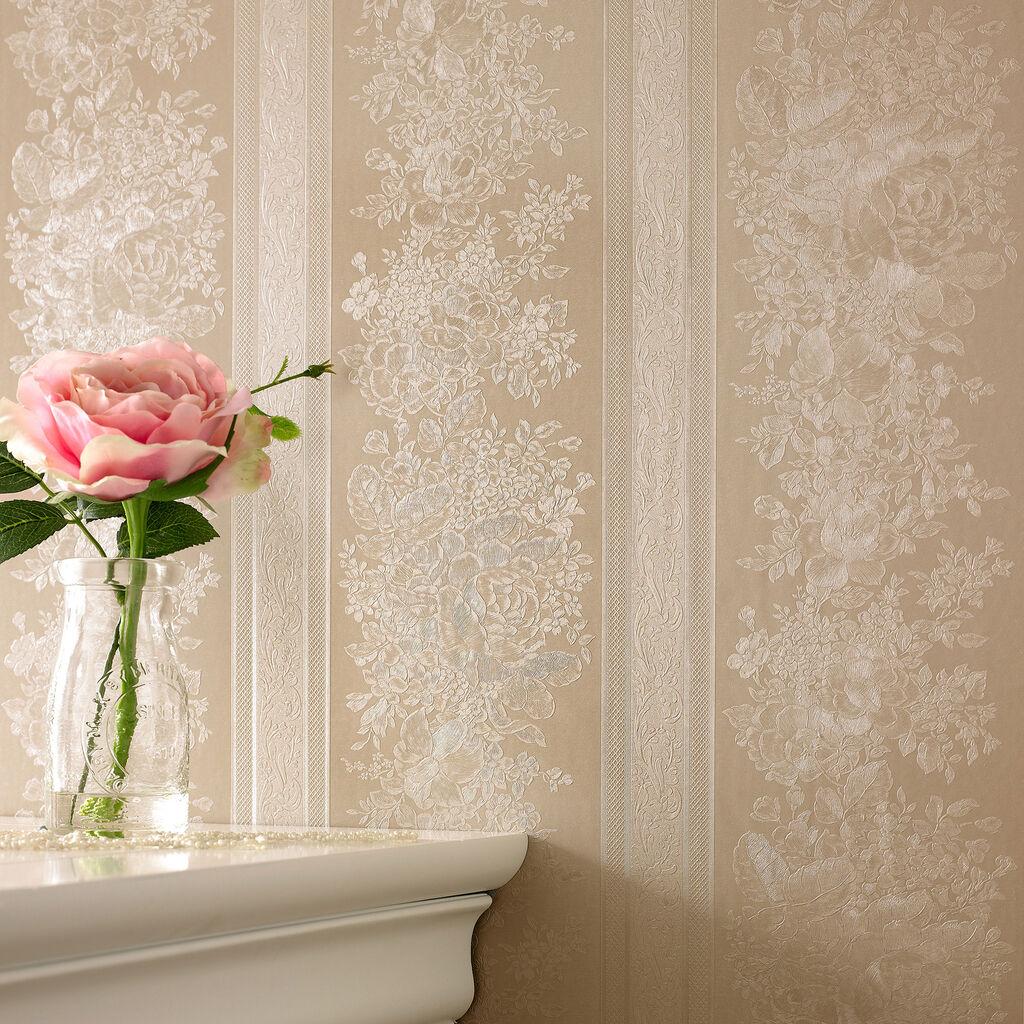 Kitchen wallpaper stripes - Floral Stripe Golden Wallpaper
