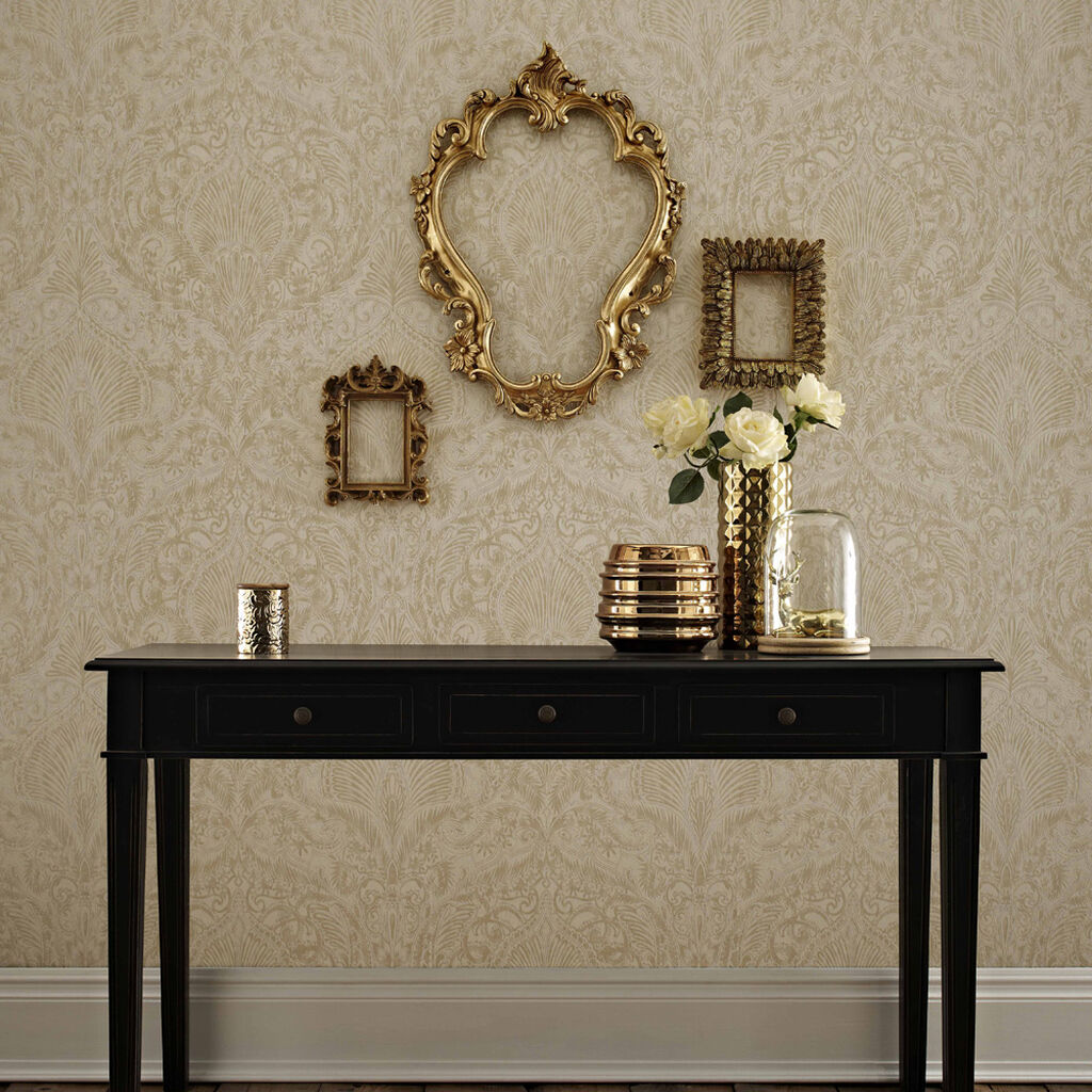 burlesque cream and gold wallpaper graham brown. Black Bedroom Furniture Sets. Home Design Ideas