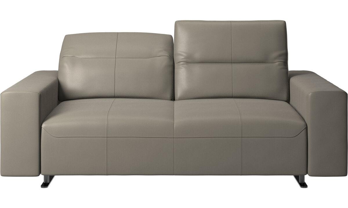 Sofás de 2 plazas - Sofá Hampton con respaldo ajustable y almacenamiento en lado derecho - En gris - Piel