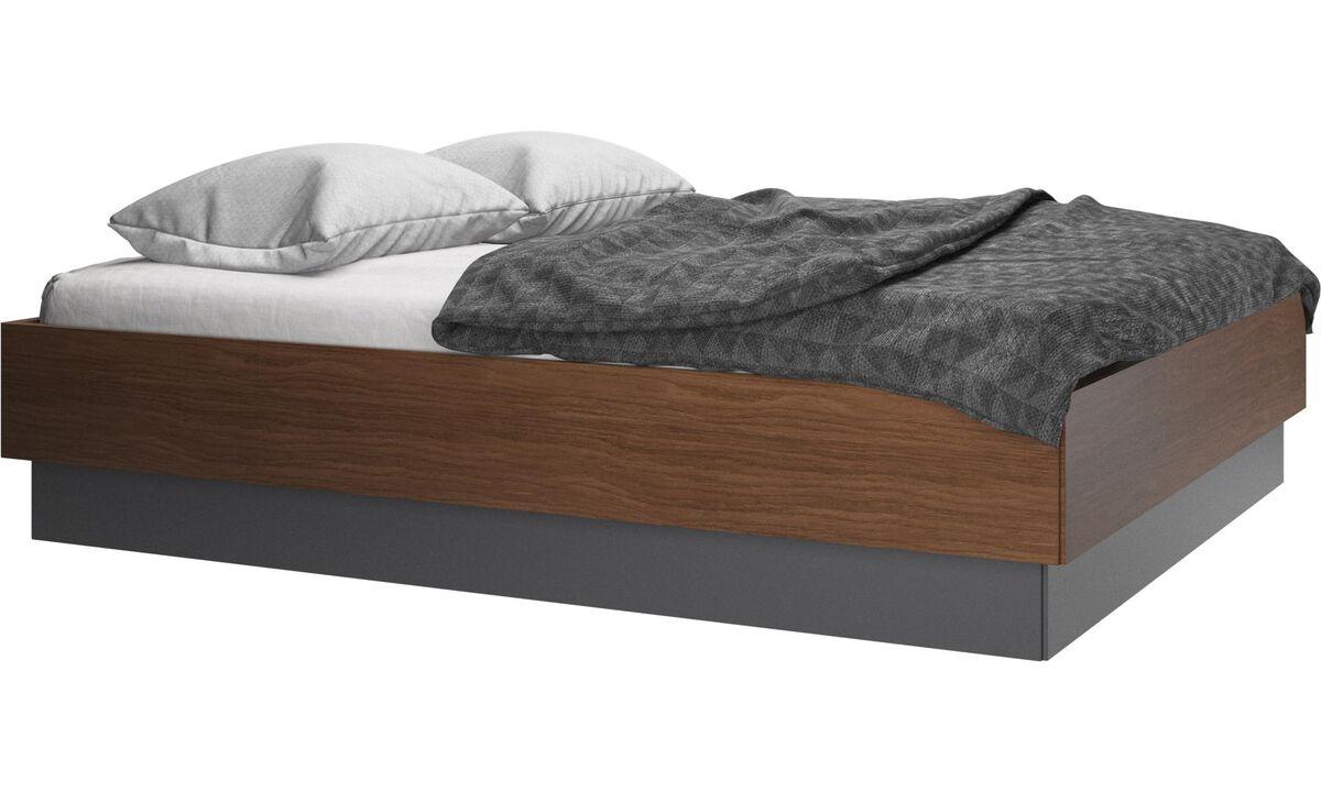 Camas - cama con canapé Lugano, estructura elevable y tablado, no incluye colchón - En marrón - Nogal