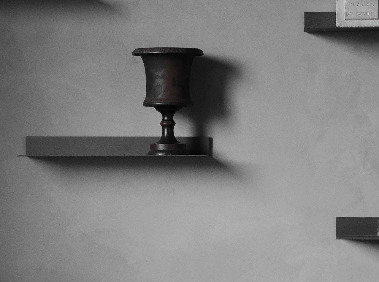 Estantes y libreros negros - Estante Como