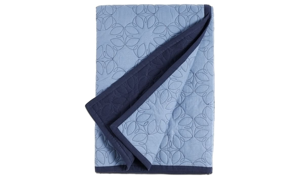 Throws & bedspreads - Waterlily padded bedspread - Blue - Fabric