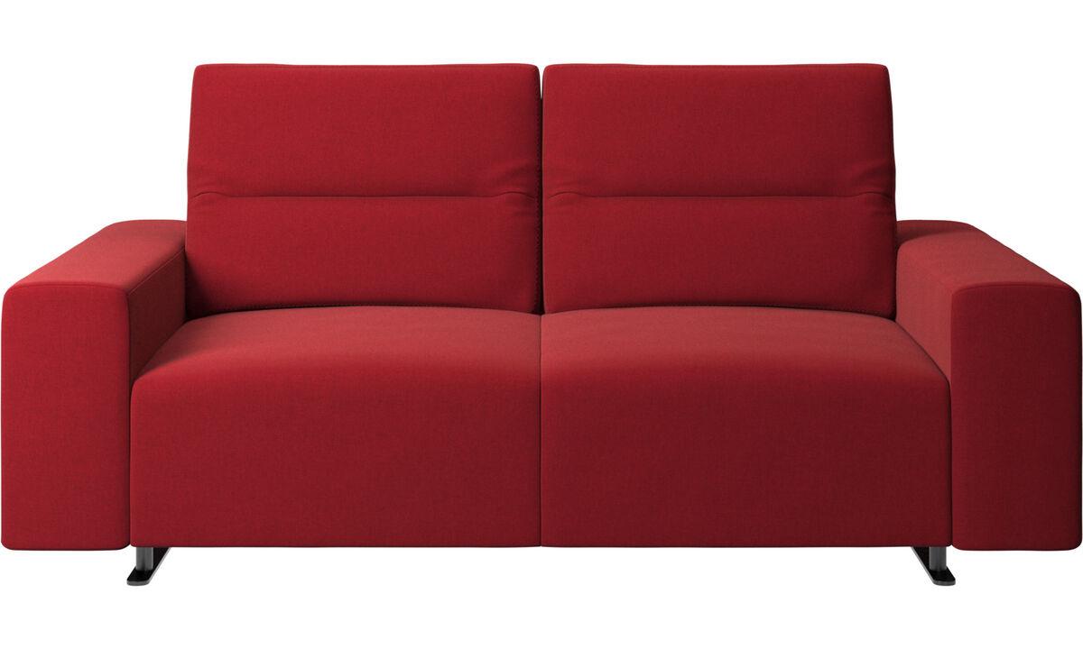 Sofás de 2 lugares - Sofá Hampton com encosto ajustável e armazenamento na lateral direita - Vermelho - Tecido