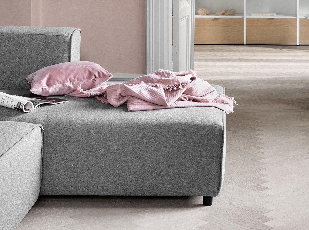 Designs by Anders Nørgaard - sofa com movimento Carmo com canto
