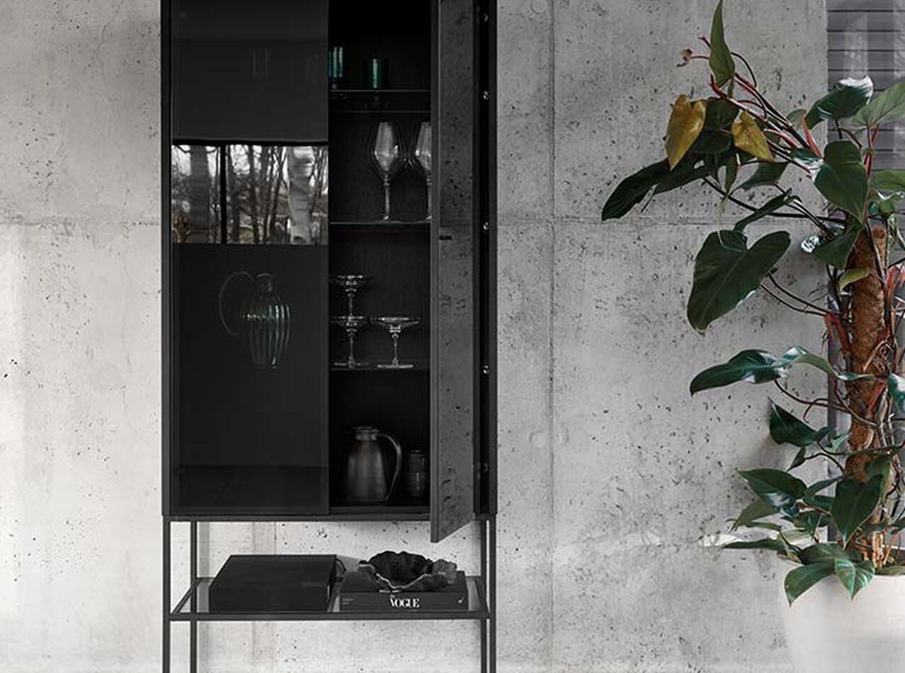 Cabinets - Lisbon glass cabinet