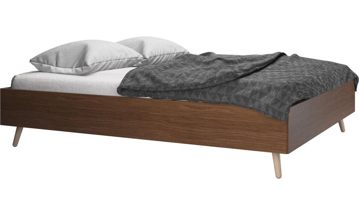 ベッド - Lugano ベッド、マットレスは別売 - ブラウン - ウォールナット