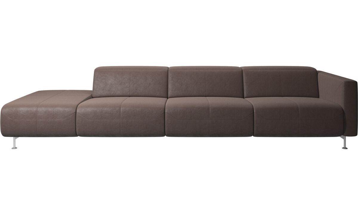 Диваны-реклайнеры - диван-реклайнер Parma с открытым модулем - Коричневого цвета - Кожа