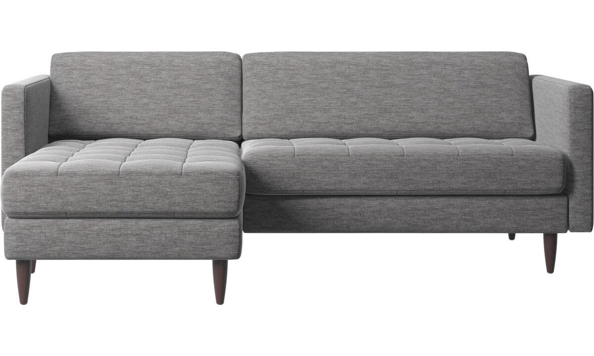 Sofás con chaise longue - sofá Osaka con módulo chaise-longue, asiento capitoné - En gris - Tela