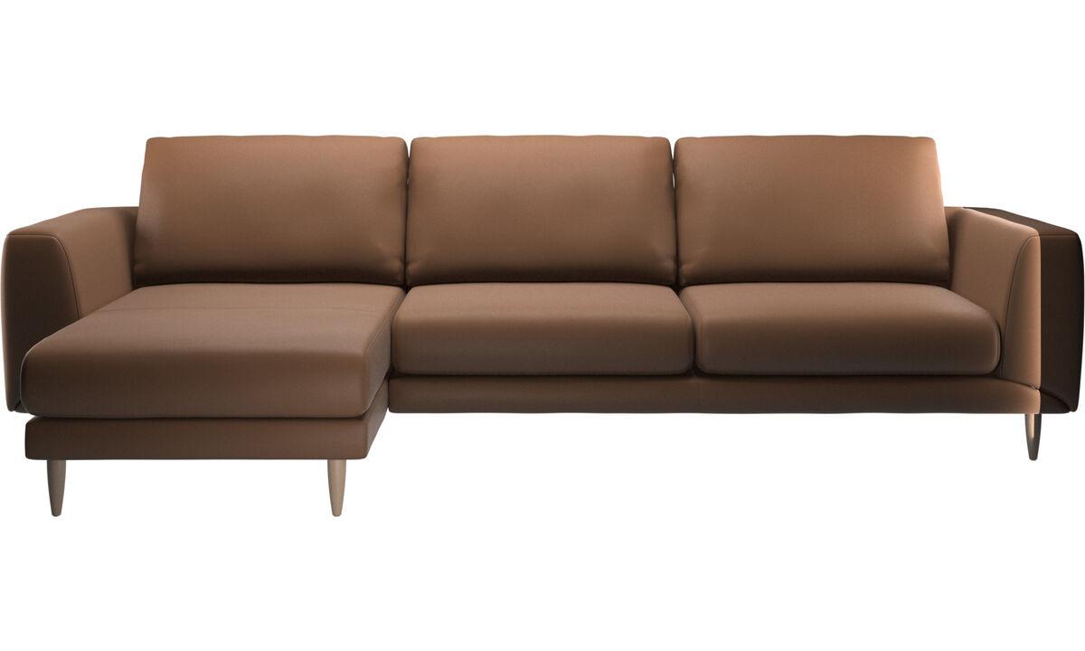 Sofás con chaise longue - sofá Fargo con módulo chaise-longue - En marrón - Piel