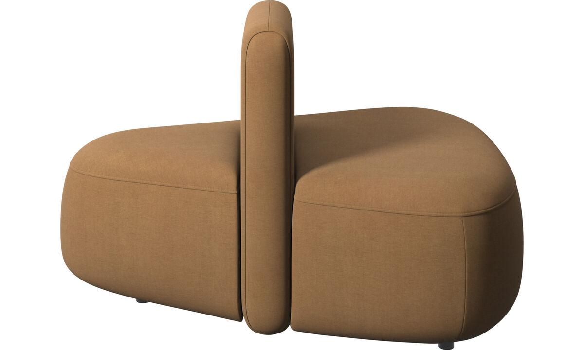 Sofás modulares - Puf triangular Ottawa con respaldo bajo - En marrón - Tela