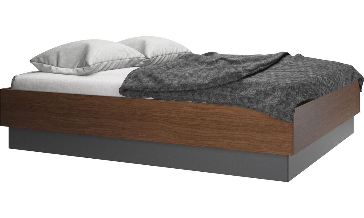Nuevas camas - Cama Lugano, no incluye colchón - En marrón - Nogal