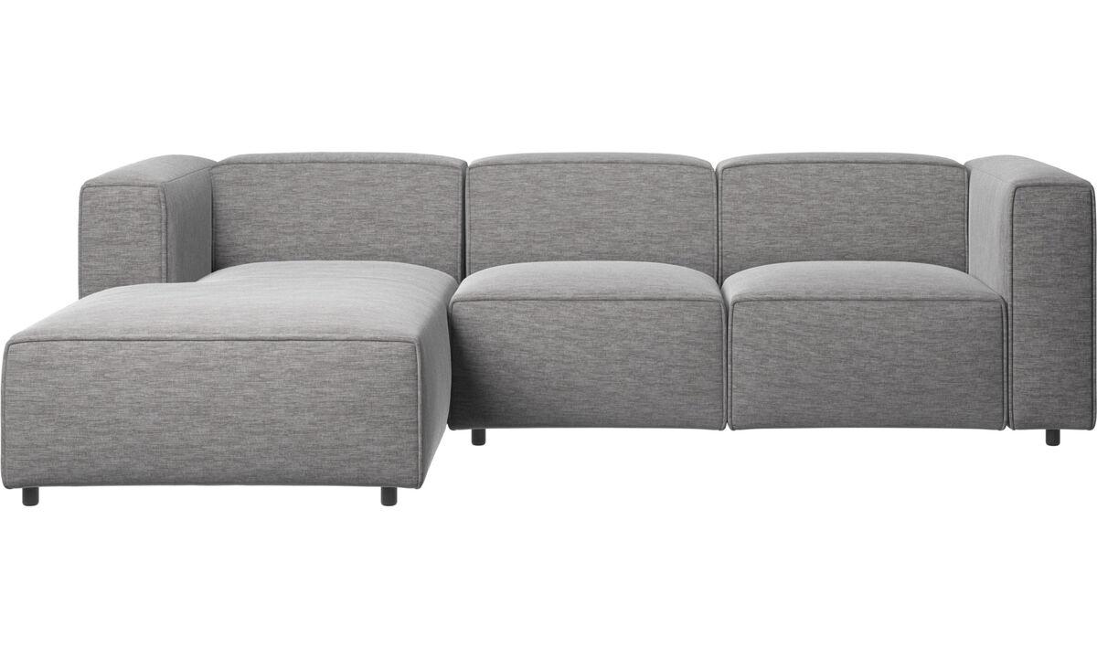 Sofás reclinables - Sofá Carmo con movimiento y módulo de descanso - En gris - Tela
