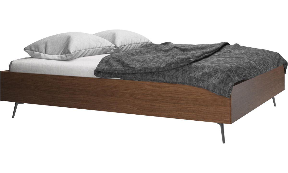 Betten - Lugano Bett, Matratze gegen Aufpreis - Braun - Walnuss