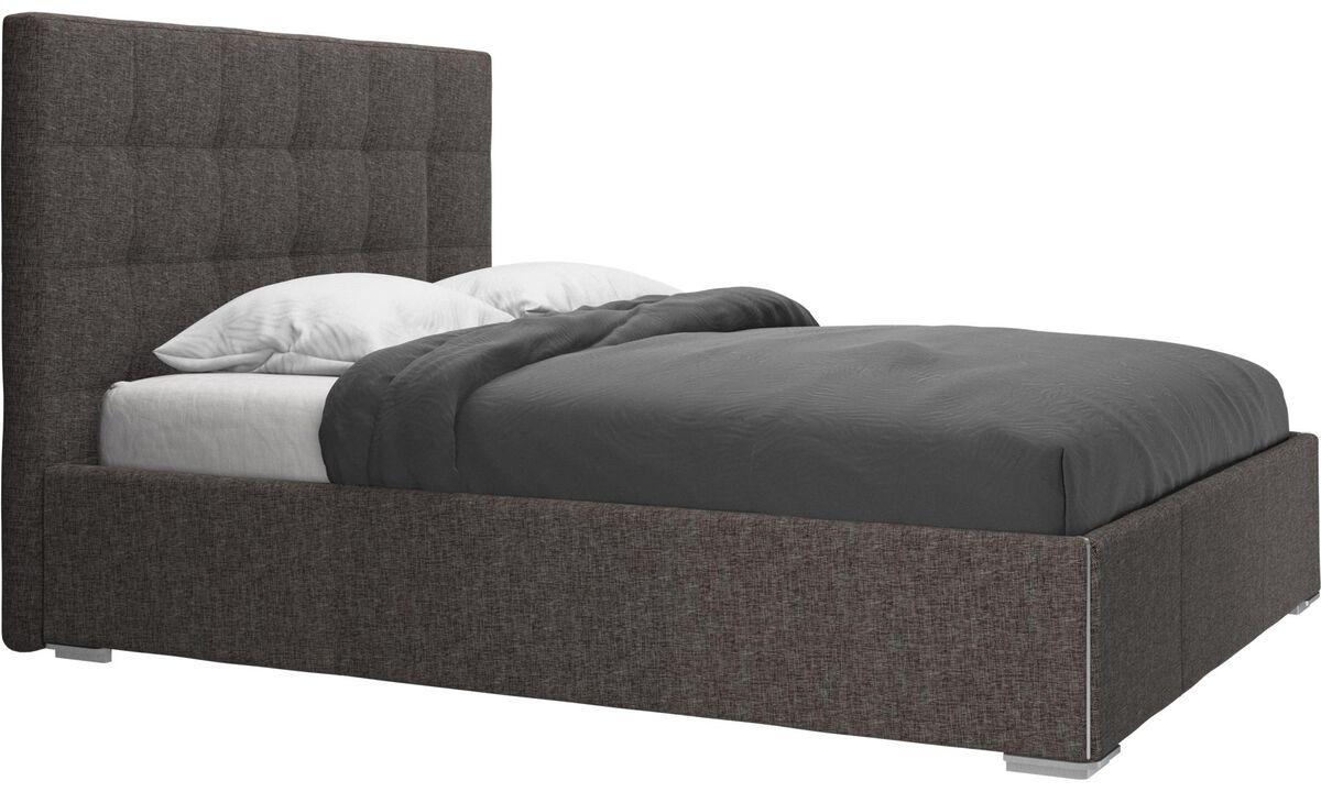 Camas - cama con canapé Mezzo, estructura elevable y tablado, no incluye colchón - En marrón - Tela