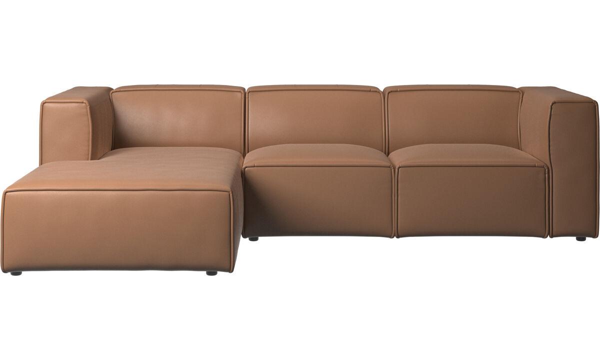 Sofás con chaise longue - Sofá Carmo con movimiento y módulo de descanso - En marrón - Piel