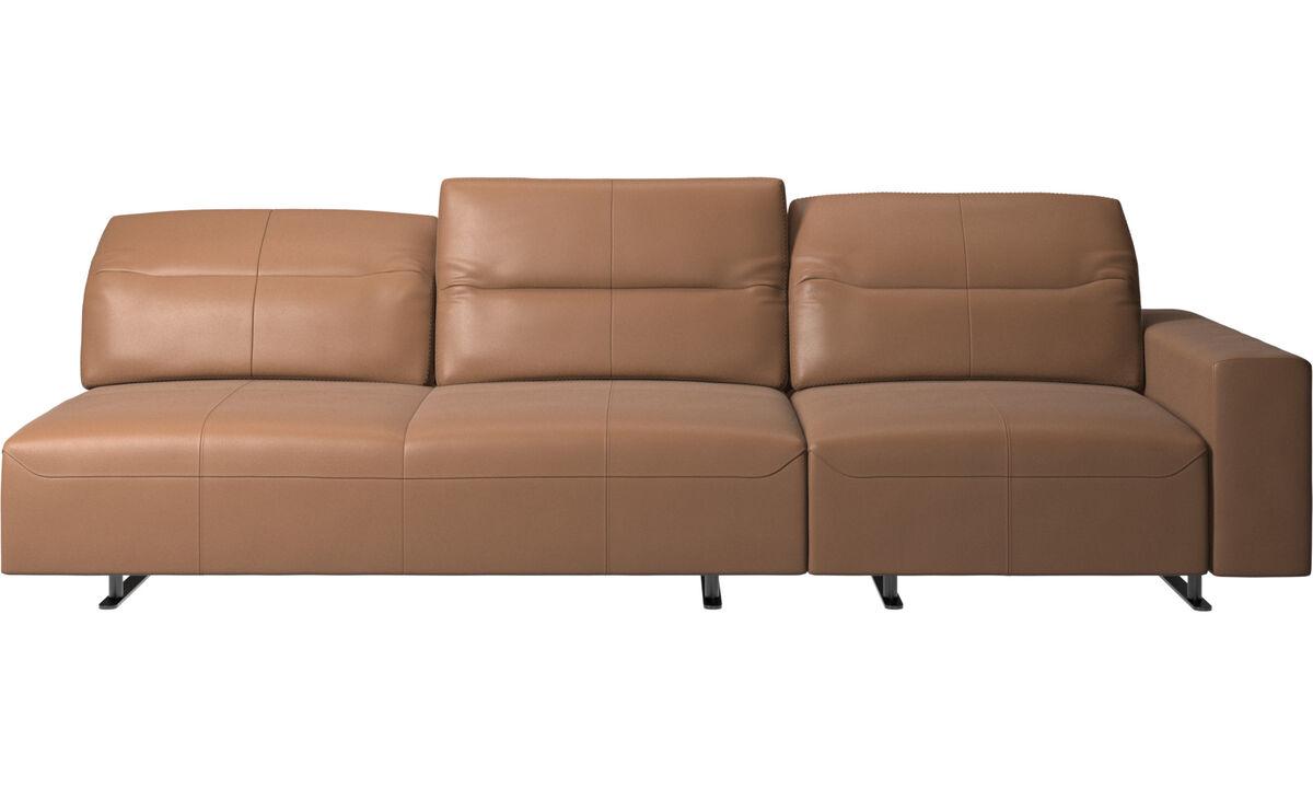 Sofás de 3 plazas - Sofá esquinero Hampton con respaldo ajustable y almacenamiento en lado derecho - En marrón - Piel