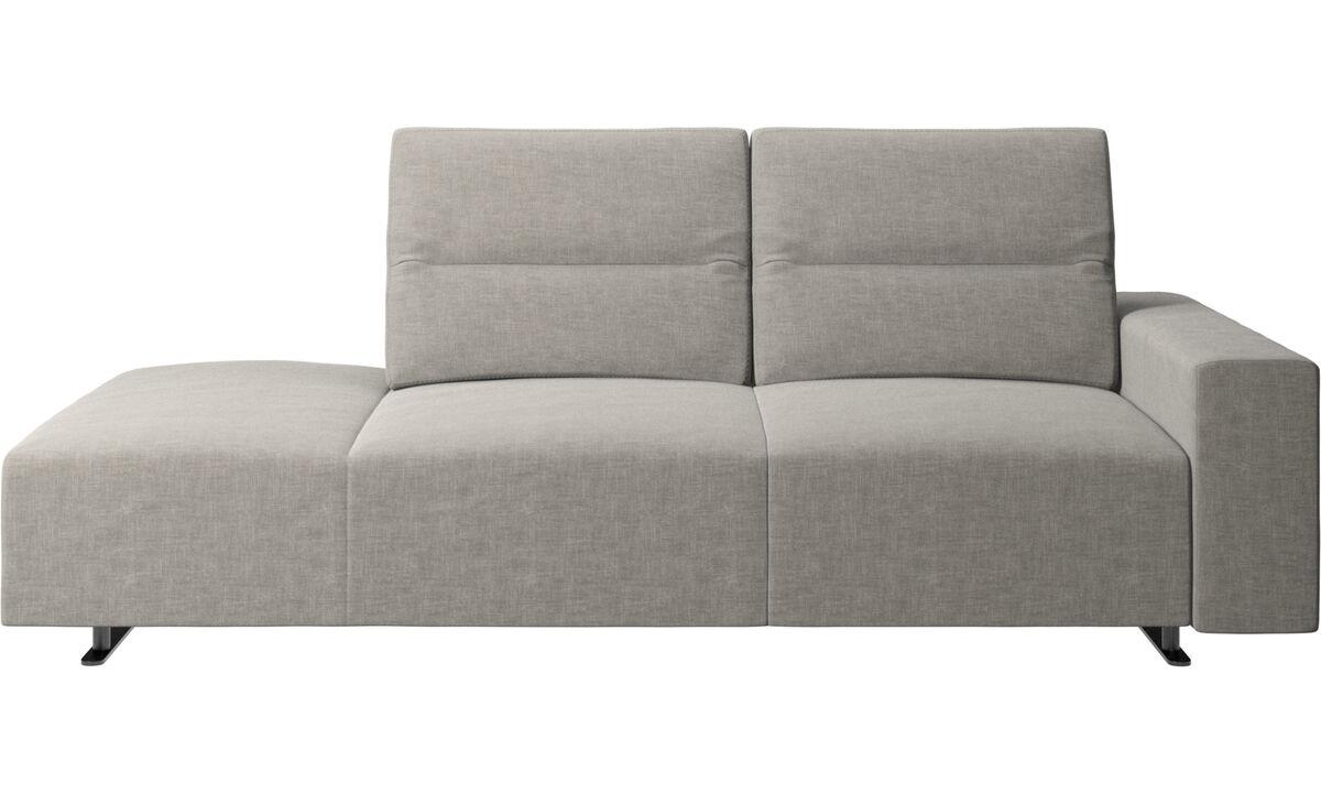 Canapés avec méridienne - canapé Hampton avec dossier réglable et chaise longue côté gauche, rangement et accoudoir côté droit - Gris - Tissu