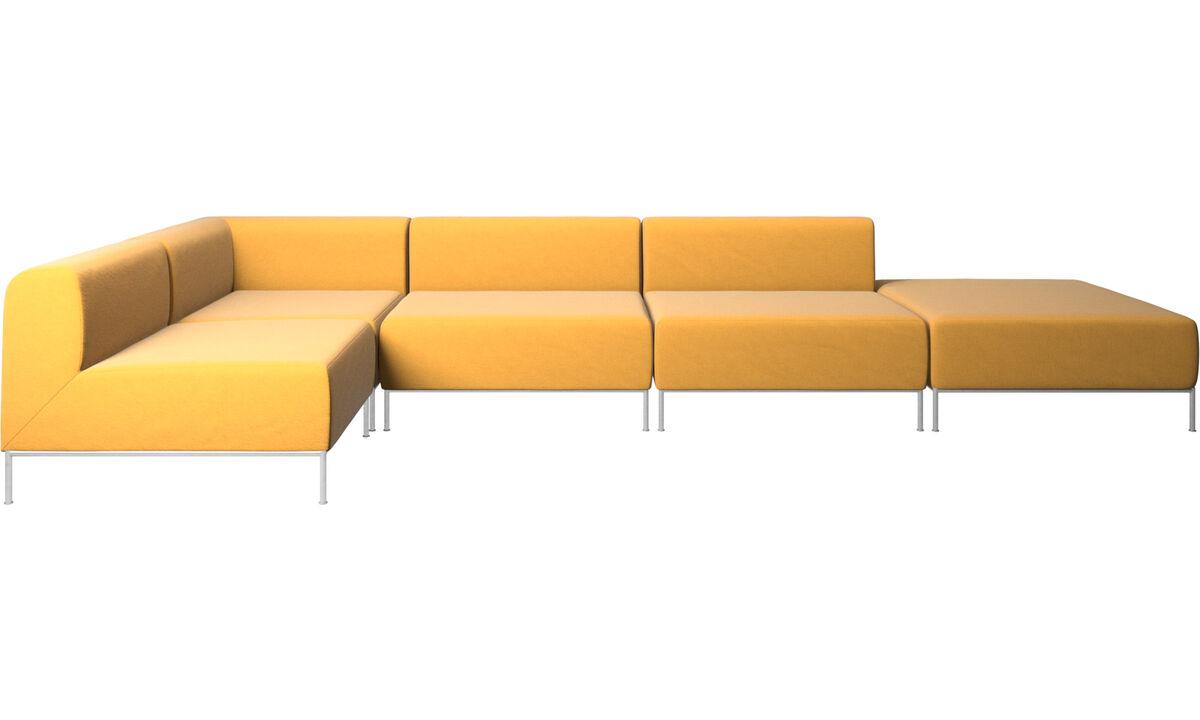 Sofás modulares - Sofá esquinero Miami con puf en lado derecho - En amarillo - Tela