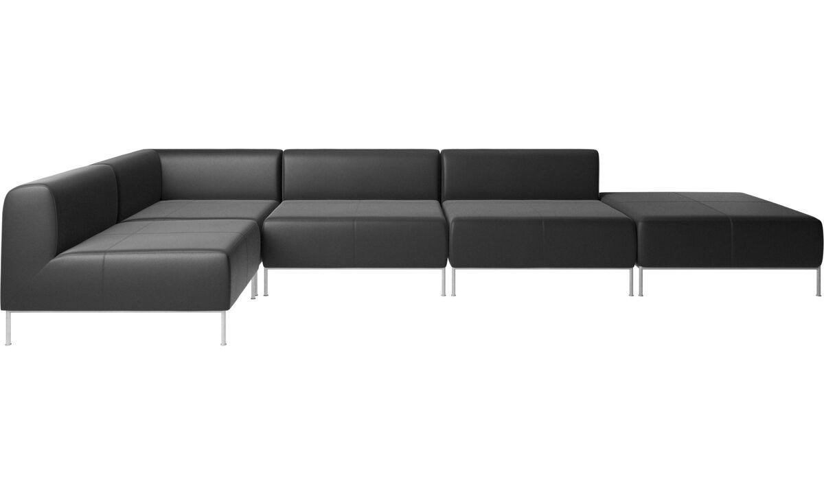 Sofás modulares - Sofá esquinero Miami con puf en lado derecho - En negro - Piel