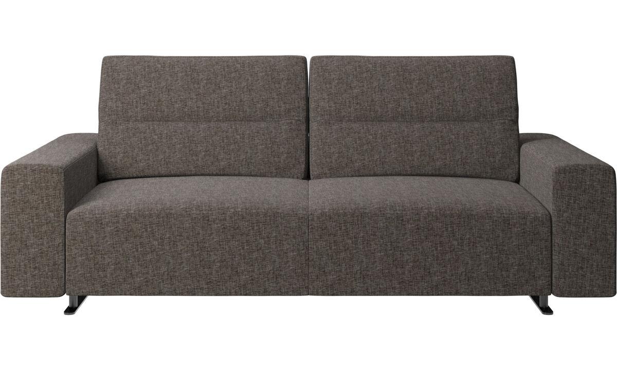 Sofás de 2 plazas y media - Sofá Hampton con respaldo ajustable - En marrón - Tela