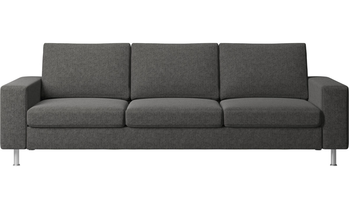 Modern 3 seater sofas quality from boconcept for Sofa 2 plazas extensible