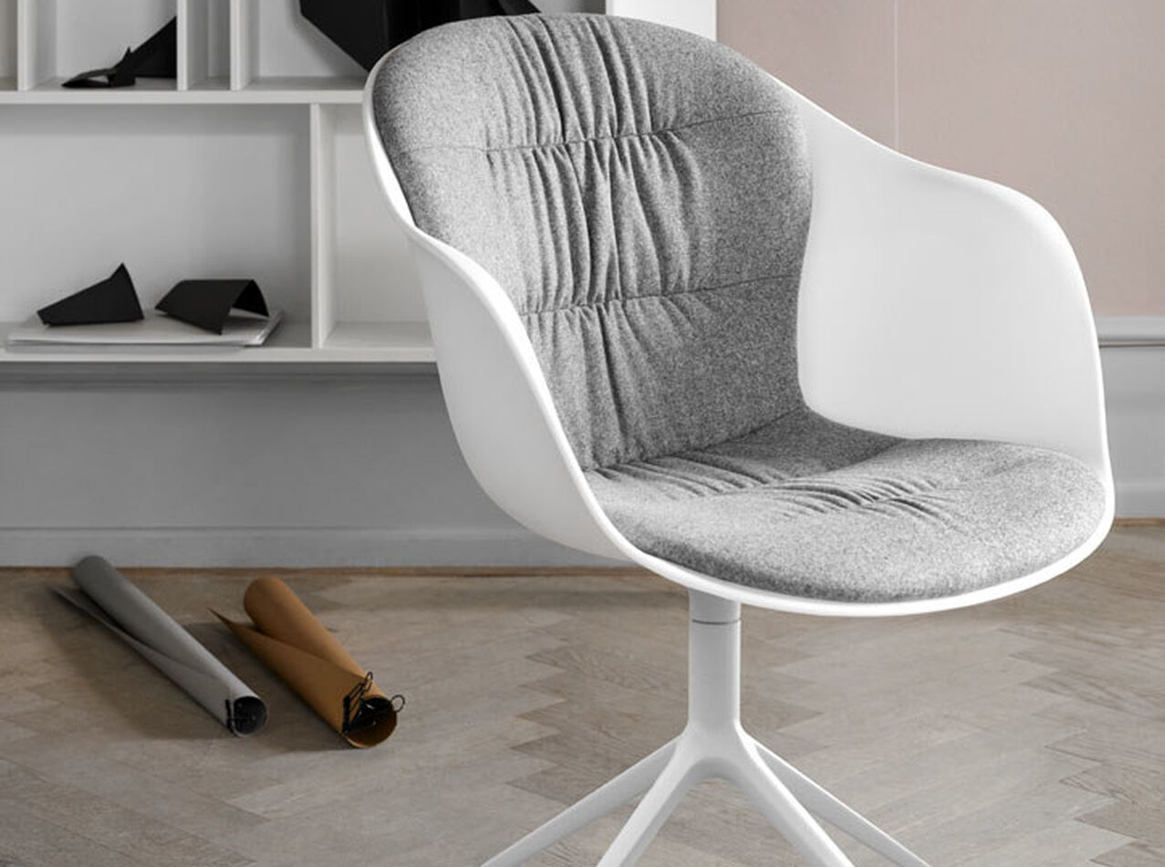 Designs by Henrik Pedersen - Adelaide chair with swivel function and wheels
