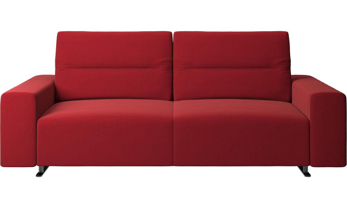 Sofás de 2 lugares e meio - Sofá Hampton com encosto ajustável e armazenamento na lateral direita - Vermelho - Tecido