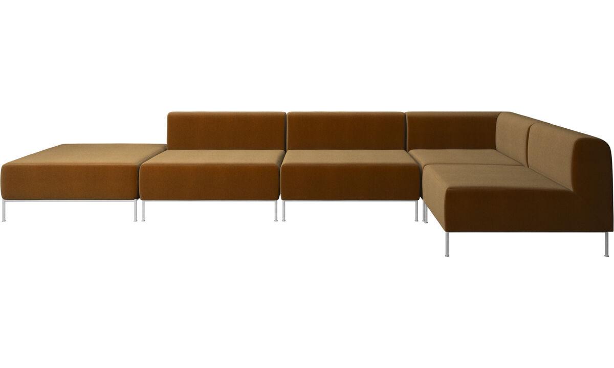 Sofás modulares - Sofá esquinero Miami con puf en lado izquierdo - En marrón - Tela