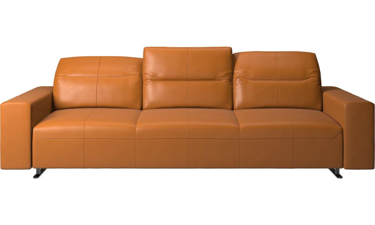 Sofás de 3 plazas - Sofá Hampton con respaldo ajustable y almacenamiento en lado derecho - En marrón - Piel