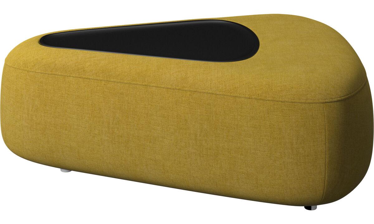 Sofa Hocker - Ottawa dreieckiger Pouf mit Ablage und USB-Ladekabel - Gelb - Stoff