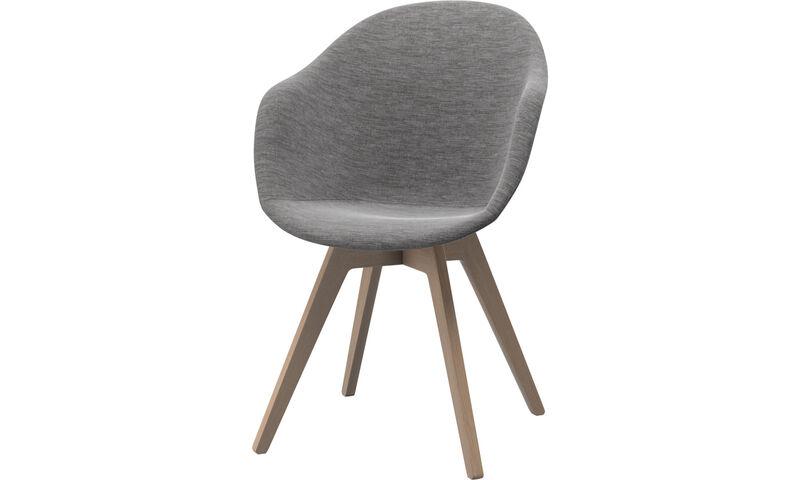 Chaises de salle manger chaise adelaide boconcept for Chaise moderne de salle a manger