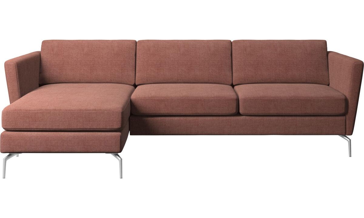 Sofás com chaise - Sofá Osaka com módulo chaise-longue, assento regular - Vermelho - Tecido