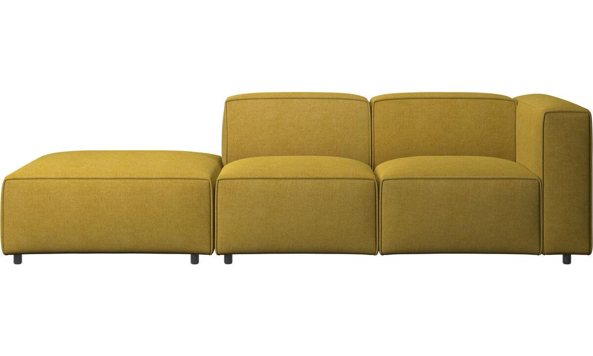 Sofás con lado abierto - Sofá Carmo con movimiento - En amarillo - Tela