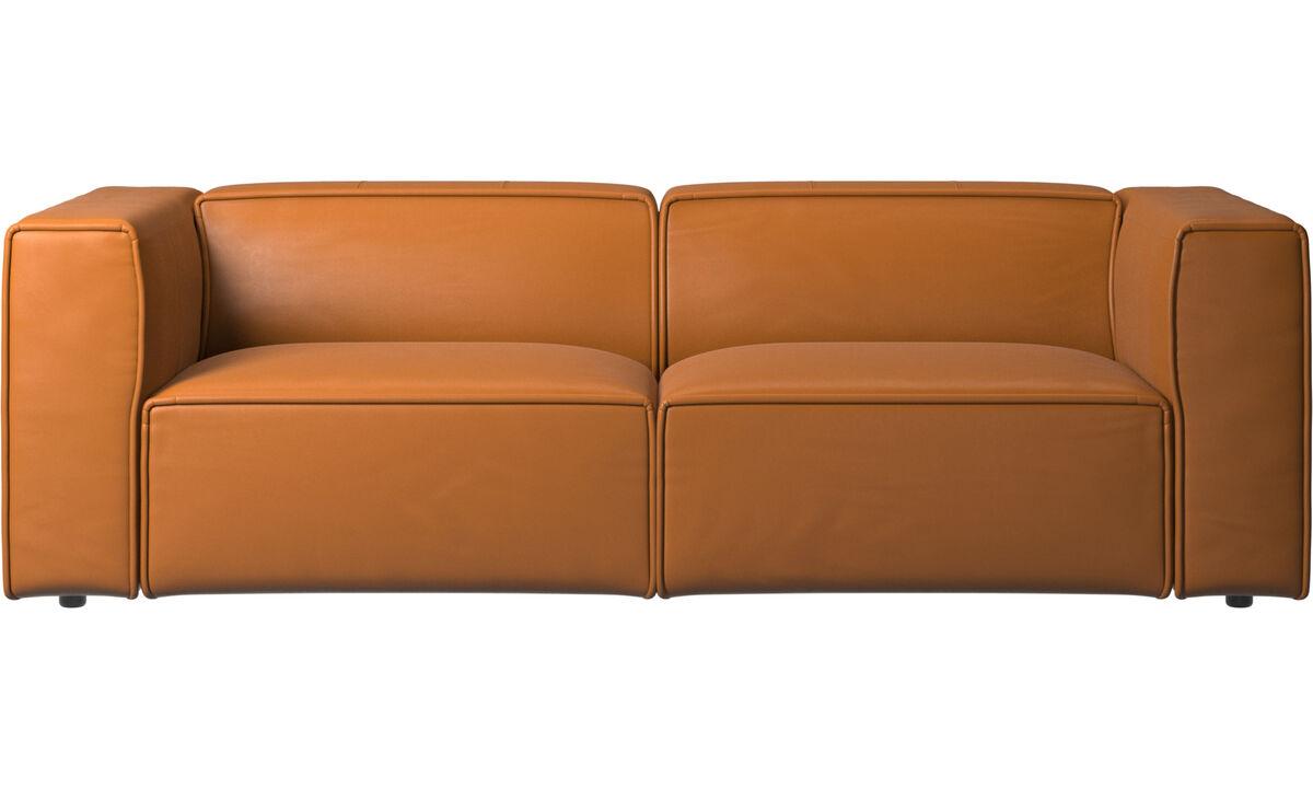 Sofás de 2 plazas y media - Sofá Carmo con movimiento - En marrón - Piel