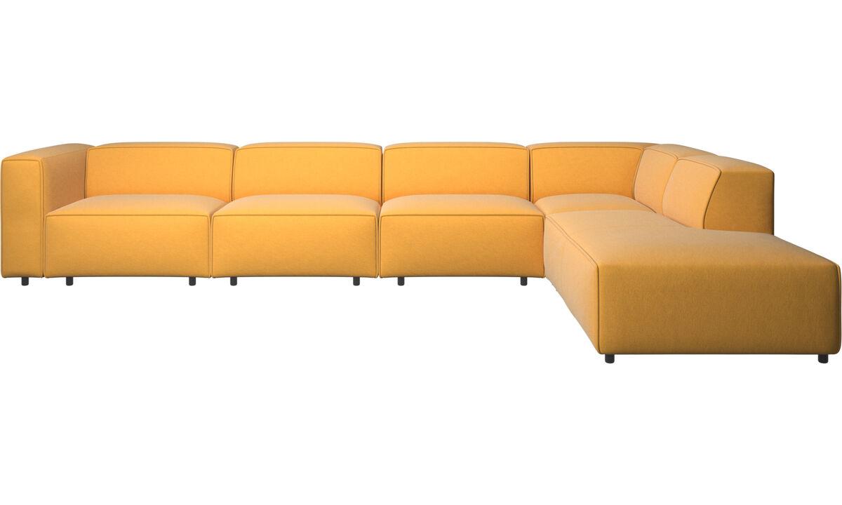 Sofás esquineros - Sofá esquinero Carmo con movimiento - En amarillo - Tela