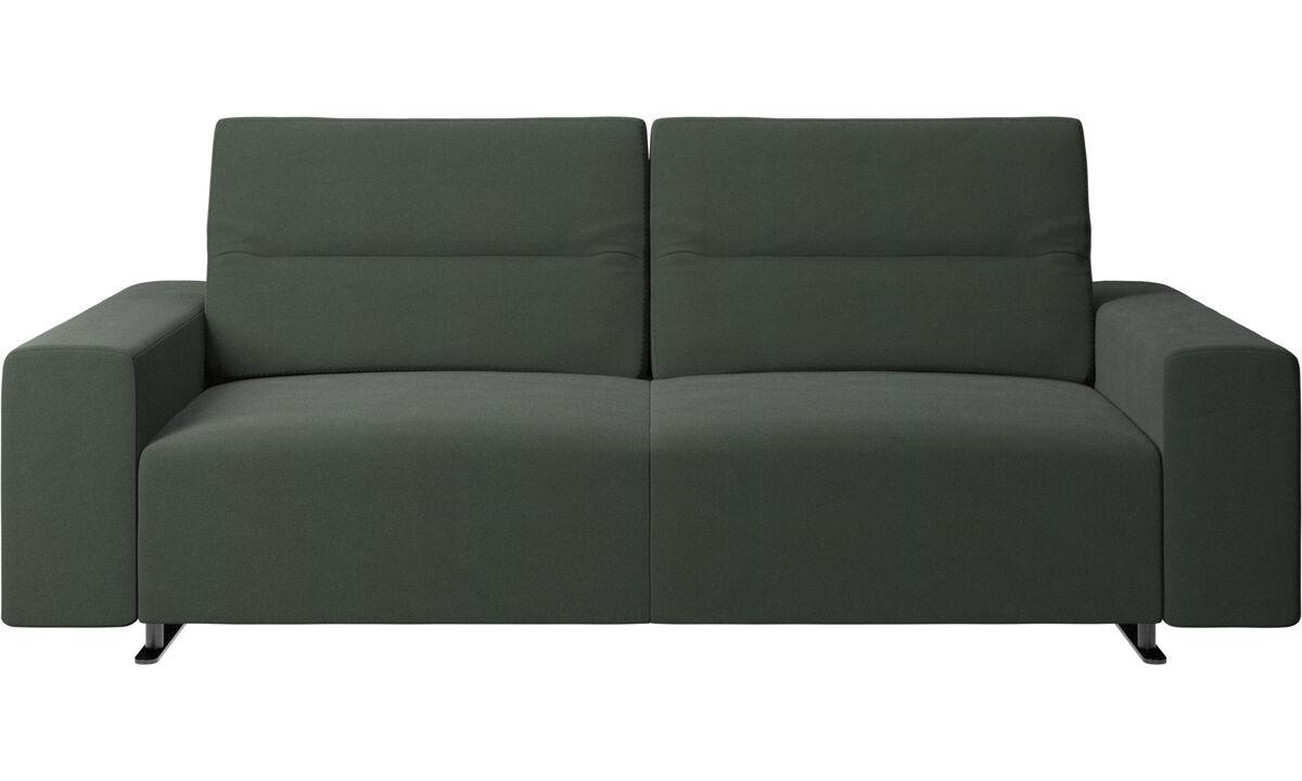 Sofás de 2 lugares e meio - Sofá Hampton com encosto ajustável e armazenamento na lateral direita - Verde - Tecido