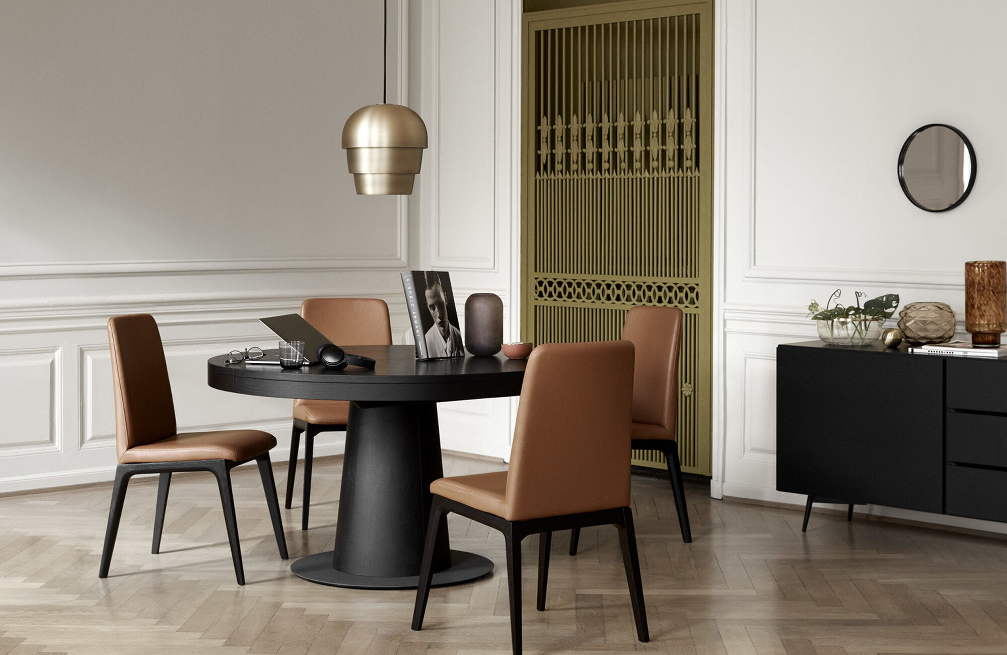 Dining tables - Granada table with supplementary tabletop