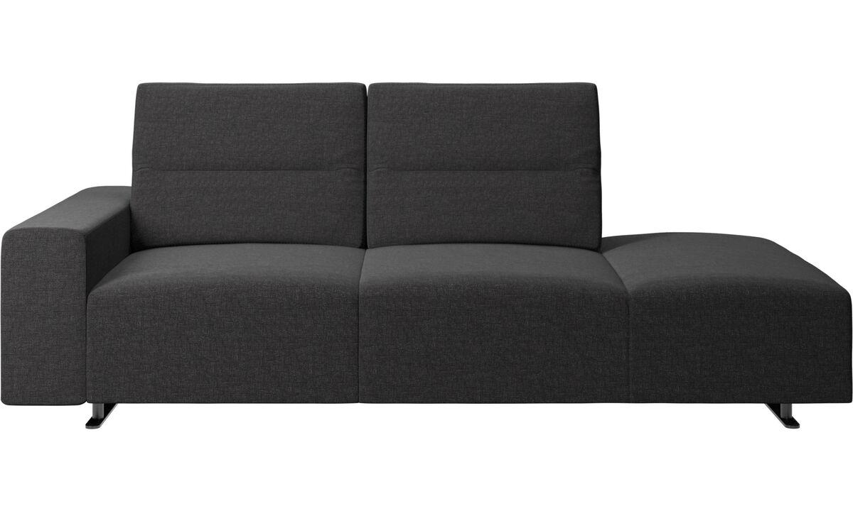 Sofas with open end - divano Hampton con schienale regolabile e modulo relax sul lato destro, bracciolo a sinistra - Nero - Tessuto