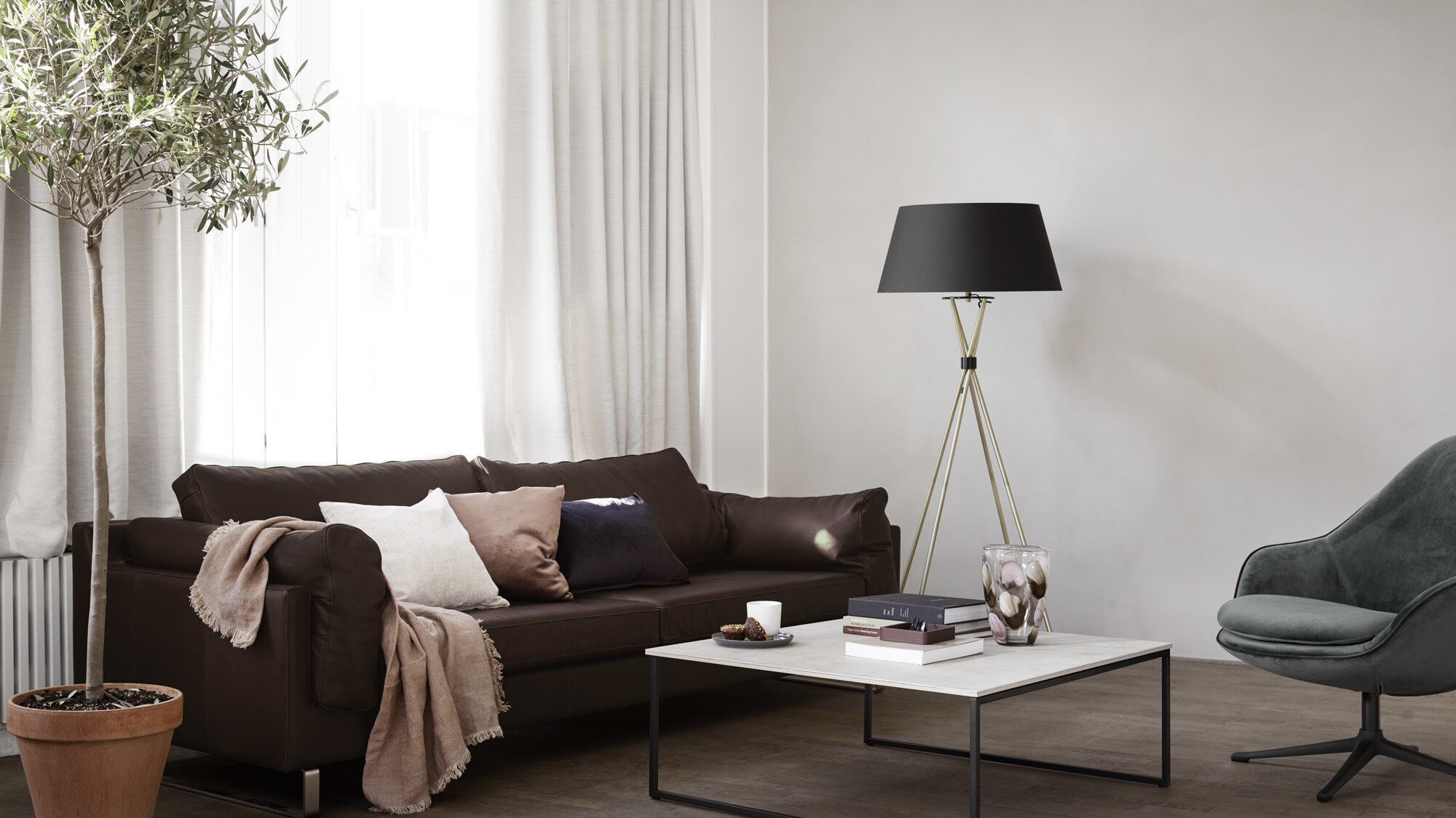 Lamps - Demand floor lamp