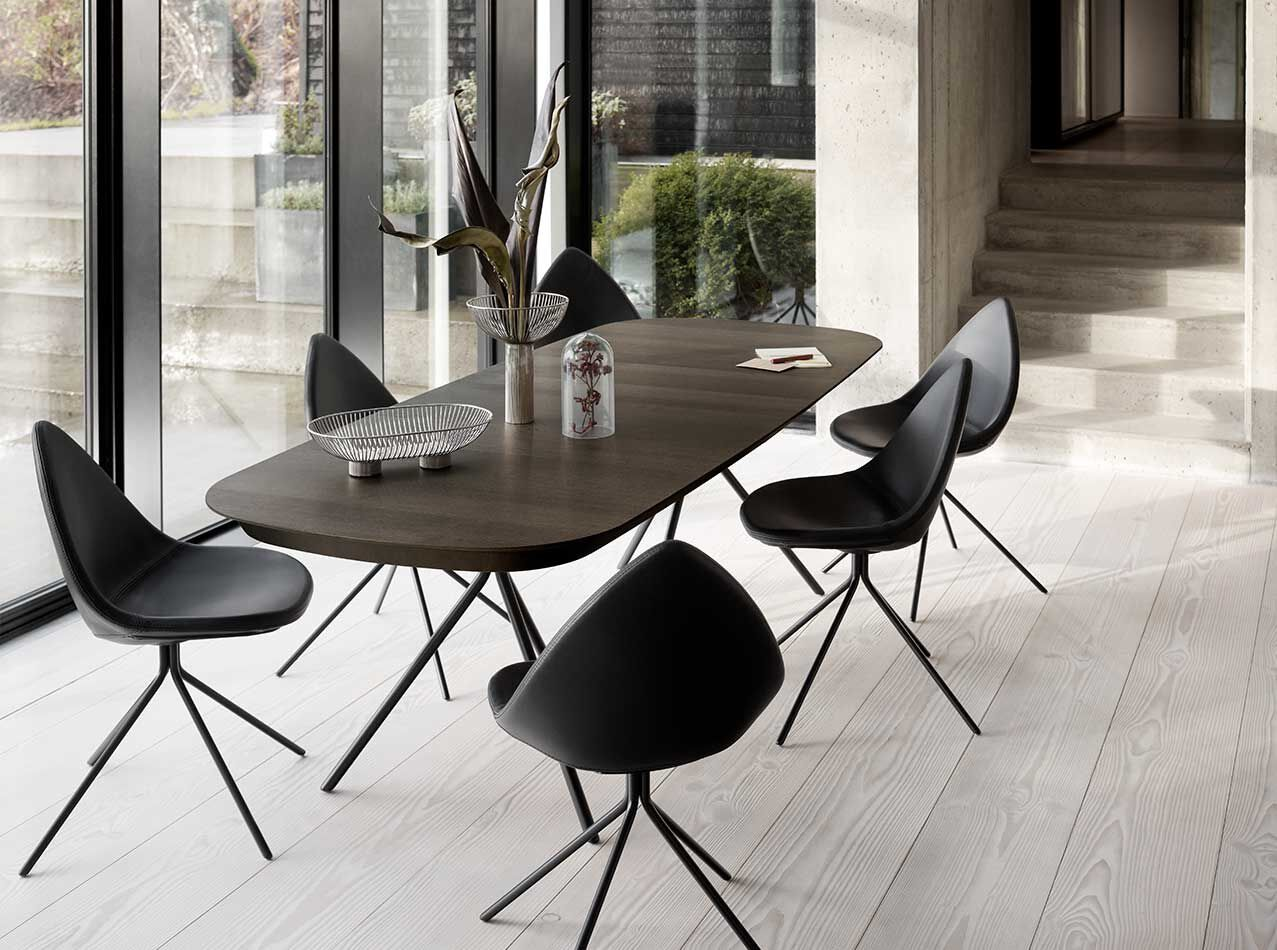 Designs by Karim Rashid - Ottawa table with supplementary tabletop
