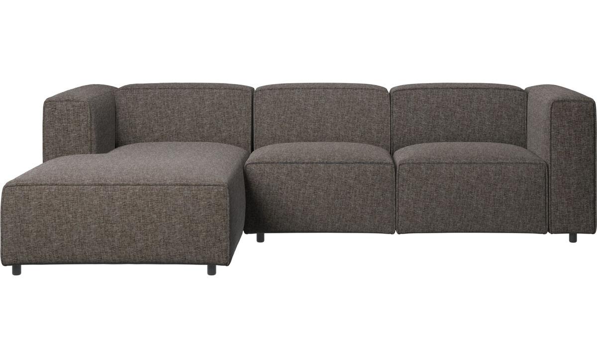 Sofás reclinables - Sofá Carmo con movimiento y módulo de descanso - En marrón - Tela
