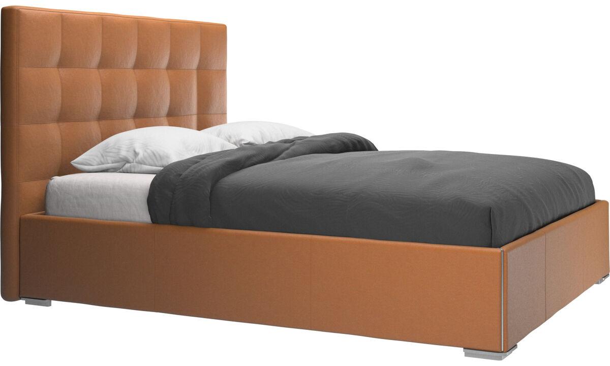 Sängar - Mezzo säng med förvaring. Upplyftbar ram och ribbotten, exkl. Madrass - Brun - Läder