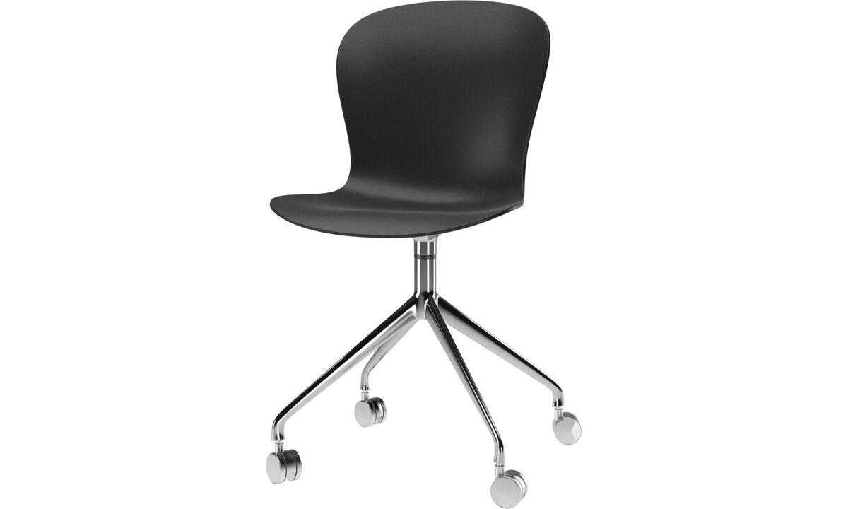 Sillas para la oficina en casa - Silla Adelaide con función giratoria y ruedas - En negro - De metal